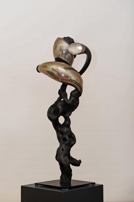 IVRESSE, 2013, sept de vigne et métal, cm 40 x 80 x 40